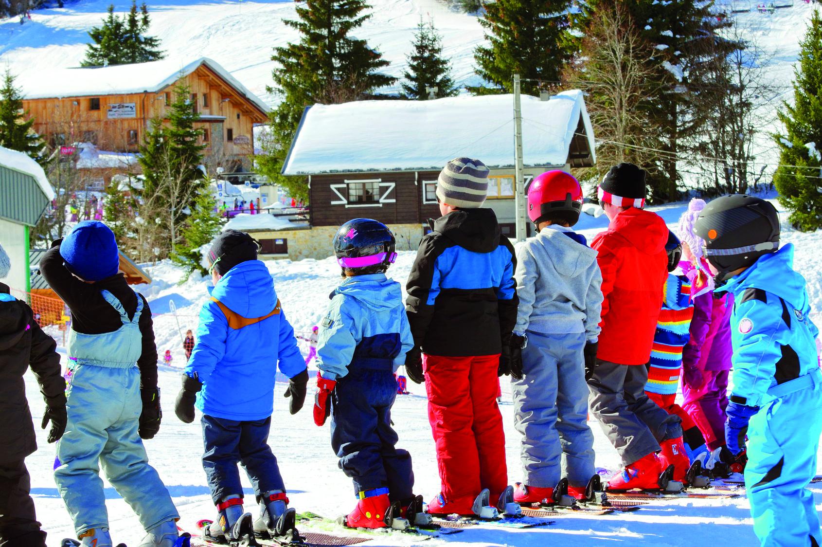 Les nécessaires à connaître avant d'envoyer son enfant à une classe neige