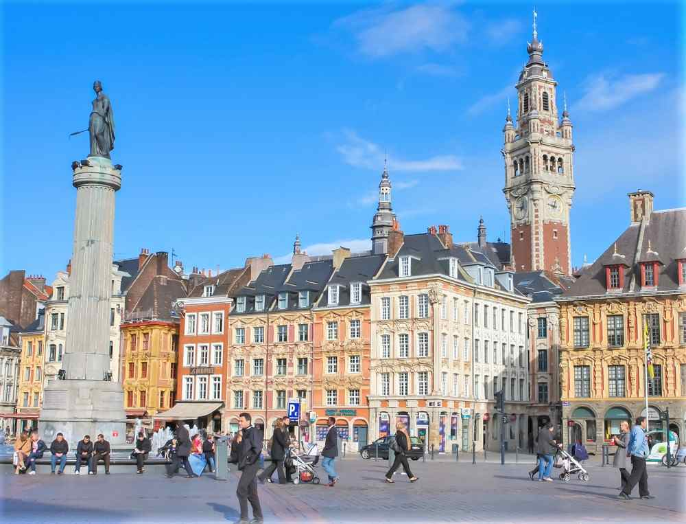 Explorer les endroits touristiques de Lille en taxi
